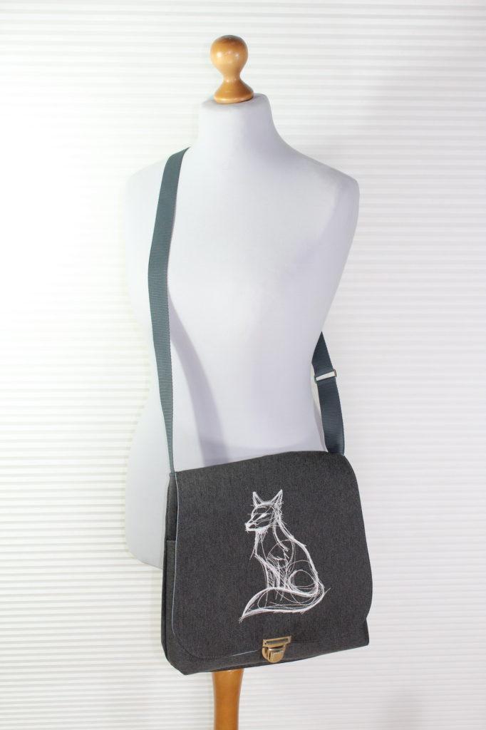 Angies Kleiderschrank, Handtasche